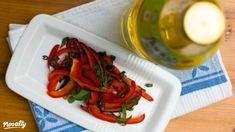 Sült kaliforniai paprikasaláta   Nosalty Plastic Cutting Board, Shrimp, Recipes, Food, Recipies, Essen, Meals, Ripped Recipes, Yemek