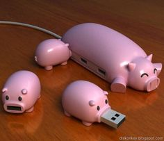 OMGosh. Tooo Cute  Piggy USB drive.