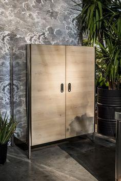 Alpes Inox - STORAGE COLUMN 128 WITH WOODEN DOORS. Kitchen storage column 128 cm wide with wooden doors. Dimensions: Width 128 cm;; Depth 50 – 64 cm; Height 165 – 185 cm
