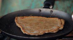 Pão de frigideira: farinha de trigo integral fina e ghee são ingredientes essenciais da receita