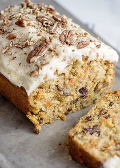 Best Ever Carrot Cake Loaf is the most incredible carrot cake recipe around! Its perfectly moist delicious and from s. Carrot Cake Bread, Carrot Loaf, Homemade Carrot Cake, Best Carrot Cake, Loaf Cake, Carrot Bread Recipe Moist, Carrot Cake Recipes, Carrot Cake Cookies, Carrot Cake Muffins
