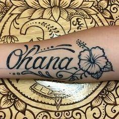 polynesian hibiscus and ohana tattoo design - Future Tattoos, Love Tattoos, Unique Tattoos, Beautiful Tattoos, Body Art Tattoos, Tribal Tattoos, Tattoos For Women, Polynesian Tattoos, Awesome Tattoos