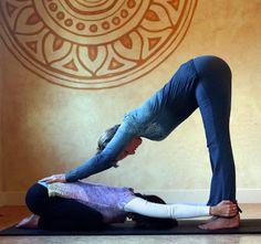 hands on adjustments on yoga - Buscar con Google