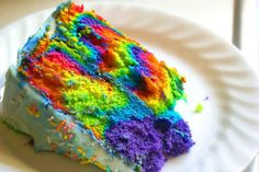 How to make a tie-dye rainbow cake. It's easy but looks like you spent some time creating this cake! Bolo Tye Dye, Tye Dye Cake, Rainbow Baking, Rainbow Food, Rainbow Cakes, Rainbow Swirl, Neon Food, Neon Cakes, Hawaiian Rainbow