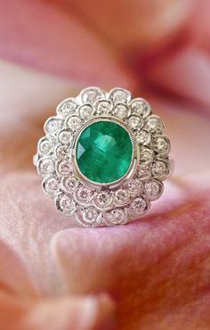 vintage stunning ring