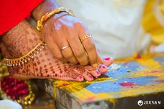 Anklet Designs To Step Into Married Life In Style! Indian Wedding Poses, Indian Wedding Couple Photography, Wedding Couple Photos, Wedding Couples, Hindu Wedding Ceremony, India Wedding, Wedding Rituals, Marriage Photo Album, Marriage Poses