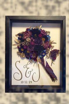 ideas flowers gift bouquet shadow box for 2019 Post Wedding, Fall Wedding, Diy Wedding, Dream Wedding, Crafty Wedding Ideas, Wedding Bells, Wedding Ceremony, Wedding Stuff, Bouquet Cadeau