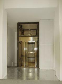 BRERA SITE_elevator_ph. Visibilità Zero Productions | BRW Filmland