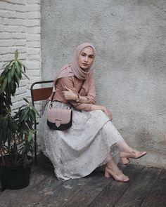 Simple Hijab, Casual Hijab Outfit, Ootd Hijab, Hijab Chic, Simple Ootd, Street Hijab Fashion, Muslim Fashion, Niqab, Long Skirt Hijab