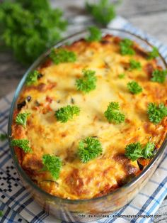 Cheeseburger Chowder, Quiche, Musaka, Macaroni And Cheese, Pizza, Soup, Coleslaw, Breakfast, Ethnic Recipes