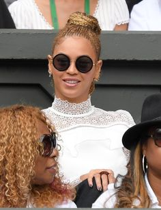 Pin for Later: Beyoncé and Jay Z Have the Most Fun Cheering On Pal Serena Williams at Wimbledon