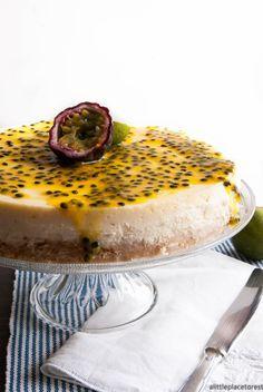 Cheesecake al passion fruit lime e cocco