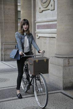 Wayfarer with bespoke Moynat bicycle and picnic basket.