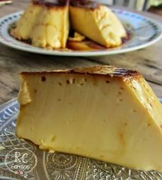 This flan is very soft and for me it is at its right point of sweetness, when carrying water it is not anything cloying like others that I have tried with … - New Pin Gourmet Recipes, Sweet Recipes, Cooking Recipes, Flan Recipe, Mousse, Desert Recipes, Sweet Treats, Food And Drink, Yummy Food