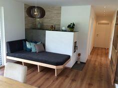 Fertighaus in Pettnau - Flexible Fertighaus Flexible Design, Decor, Chaise Lounge, Furniture, Chaise, Home, Couch, Lounge, Home Decor