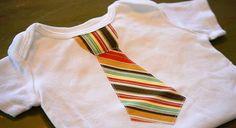 remera con corbata bebe