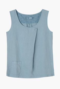 Levant Top | Flattering linen vest top. Made from saltwash linen to keep you cool in warmer weather, and easy fitting for comfort. I have been looking for this pattern for a very long time. Had a top like this. Beautiful!