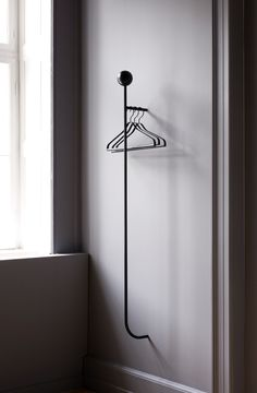 Ferm Living's Pujo is a minimalistic wall-mounted coat rack featuring a slim metal bar that can be used with hangers and hooks. The geometrical appearance of Pujo coat rack is perfected with a wooden ball on the top. Contemporary Home Decor, Contemporary Architecture, Contemporary Design, Contemporary Building, Kitchen Contemporary, Contemporary Apartment, Contemporary Wallpaper, Garderobe Design, Coat Hanger