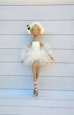 Ballerina pop textiel pop decoratieve pop collectible door NilaDolss