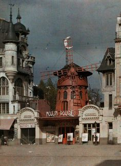 The Moulin Rouge at Montmartre, Paris, Photo by Jules Gervais Courtellemont, National Geographic Montmartre Paris, Vintage Paris, Vintage Travel, Belle Epoque, Photo Vintage, Vintage Photos, Old Photographs, Old Photos, Le Moulin Rouge Paris