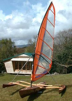Completely Different Approach to a Standing Board Trimaran Sailing Kayak, Kayak Boats, Canoe And Kayak, Cool Boats, Small Boats, Yacht Design, Boat Design, Canoa Kayak, Outrigger Canoe