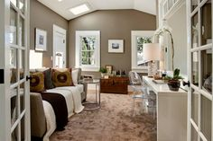 Love this Benjamin Moore Woodcliff Lake paint.