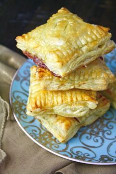 When your friends and family are on their way and you need to feed them, don't panic! When it comes to appetizers, Easy Brie and Cherry Puff Pastry Squares will be the ace up your sleeve.