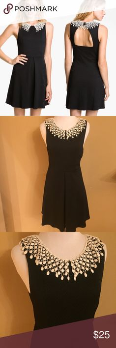 Free People Waffleknit Open Back Collared Dress Free People Waffleknit Open Back Collared Dress. Size 0. No size tag. My mannequin is a XS and it fits perfectly. Excellent condition. No rips or stains. Free People Dresses
