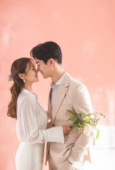 K Korea pre wedding - Everyday something new and special Korea pre wedding by Mr. K Korea Wedding Pre Wedding Poses, Pre Wedding Photoshoot, Foto Wedding, Wedding Pics, Prenup Photos Ideas, Korean Couple Photoshoot, Ballon Party, Korean Wedding Photography, National Geographic
