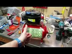 DIY compressore frigorifero - estintore - YouTube Welding Tools, Welding Projects, Homemade Tools, Diy Tools, Air Compressor Tools, Festool Systainer, Diy Air Conditioner, Refrigeration And Air Conditioning, Electronic Appliances