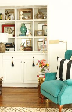 Charming in Charlotte: ONE ROOM CHALLENGE: THE BIG REVEAL!  Mirrors on the backs of the shelves.