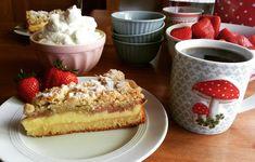 Rhabarberkuchen mit Vanillecreme und Streusel, ein leckeres Rezept mit Bild aus der Kategorie Backen. 823 Bewertungen: Ø 4,6. Tags: Backen, Frühling, Kuchen
