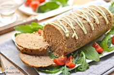 Il polpettone di tonno è una ricetta sfiziosa e gustosa. Davvero facilissimo da preparare e molto apprezzato da adulti e piccini.