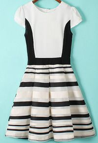 robe en arganza à rayure -blanc