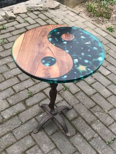 Round epoxy table, poxy r Resin Patio Furniture, Epoxy Resin Wood, Epoxy Resin Table, Backyard Furniture, Woodworking Furniture, Diy Woodworking, Wood Furniture, Outdoor Furniture, Popular Woodworking