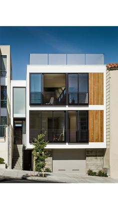 Facade Architecture, Residential Architecture, Contemporary Architecture, Contemporary Building, Facade Design, Exterior Design, Three Story House, Modern Townhouse, Narrow House