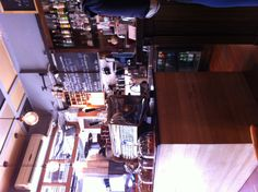 Amazing cafe in St Kilda.... 95 Espresso ! Amazing service, amazing vibe, THE BEST Breakfast!