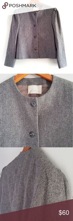 Ellen Tracy grey cropped wool tweed blazer coat Ellen Tracy grey cropped wool tweed blazer coat Excellent condition  Built in shoulder pads Great Fall/winter work coat/ blazer *measurements by approximate laying flat* Ellen Tracy Jackets & Coats