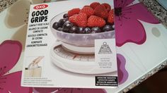Raising The Rainbows: Oxo Scales Review and Lemon Drizzle Cake Recipe