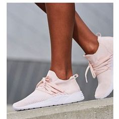 Mine nye yndlingssneakers 💕   Arkk Raven FG i Soft Pink