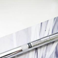 Już jutro na blogu pojawi się recenzja tego korektora z Wibo znacie go a może używałyście ?  #makeup #beauty #cosmetics  #blog #blogger #blogspot #polishblogger #wibo #korektor #kosmetyk #makijaż #blogerka #blog #blogurodowy #blogkosmetyczny  #blogi_kosmetyczne