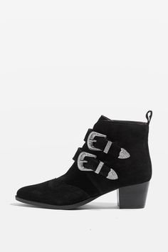 Love these black suede boots, favourite material for ankle boots and edgy too. I will only wear boots with a more pointed toe and slight heel.