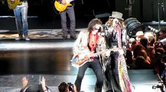 """Aerosmith starting the show with """"Draw the Line"""""""