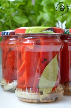 papryka konserwowa przepis Preserves, Pickles, Salsa, Food And Drink, Cooking Recipes, Mexican, Jar, Homemade, Canning