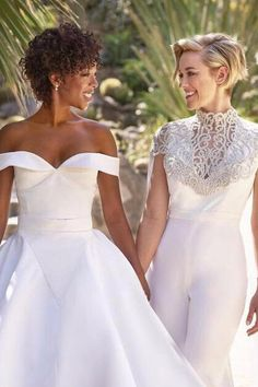 "Wedding Photos Samira Wiley and Lauren Morelli's Desert Wedding Is Like Something Out of a Mirage - Samira Wiley and Lauren Morelli exchanged ""I dos"" in Palm Springs in March, and their nuptials were as stunning as you'd expect. The couple, who met Wedding Goals, Wedding Pics, Wedding Attire, Dream Wedding, Wedding Day, Wedding Dresses, Wedding Menu, Palm Springs, Lesbian Wedding"