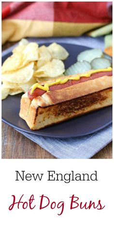 New England Hot Dog Buns - New England Style Hot Dog Buns with all beef hot dogs - Healthy Bread Recipes, Hot Dog Recipes, Wrap Recipes, Beef Hot Dogs, Simple Muffin Recipe, Lobster Recipes, Good Food, Yummy Food, Bun Recipe