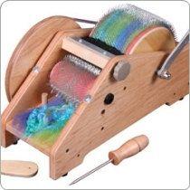 Drum carder for art yarn