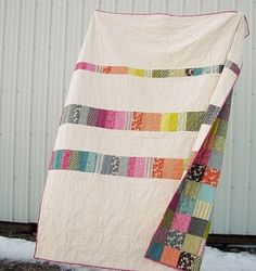 i'm not really a quilt kind of person, but if i had a quilt like this, i might change my mind