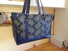 Sac Carioca bleu à feuilles cousu par Danièle - Patron Sacôtin