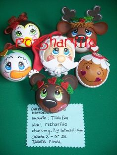 Christmas Items, Christmas Balls, Christmas Projects, Simple Christmas, Christmas Crafts, Painted Ornaments, Handmade Ornaments, Xmas Ornaments, Handmade Crafts